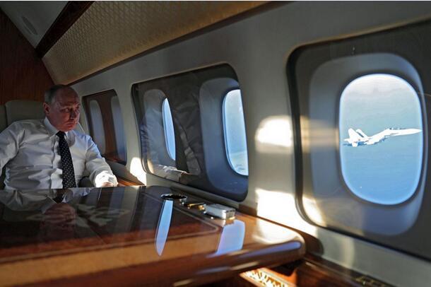 """大雾天""""盲降""""机场,普京专机飞行员:飞行员要专业,机上设备也"""