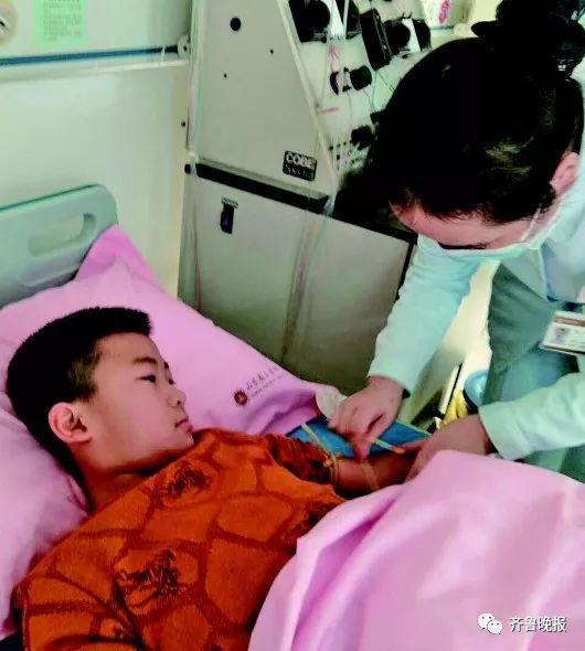 为捐骨髓救爸爸,山东9岁男童每天吃五顿饭两个月增重12斤