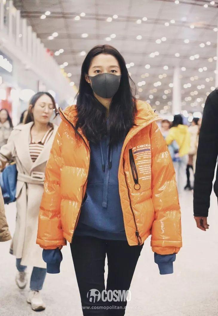 时髦办   卫衣最不适合的就是单穿,你看妹妹张子枫