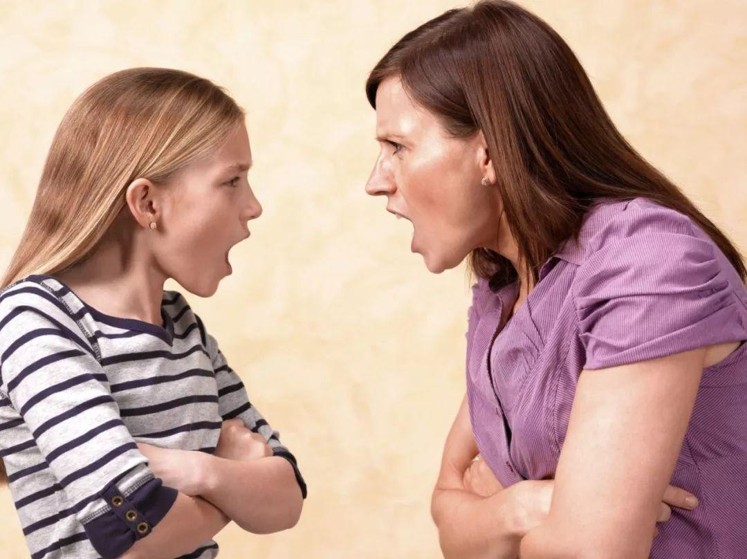 为什么孩子越大越不听话,和你对着干?父母要怎样应对?