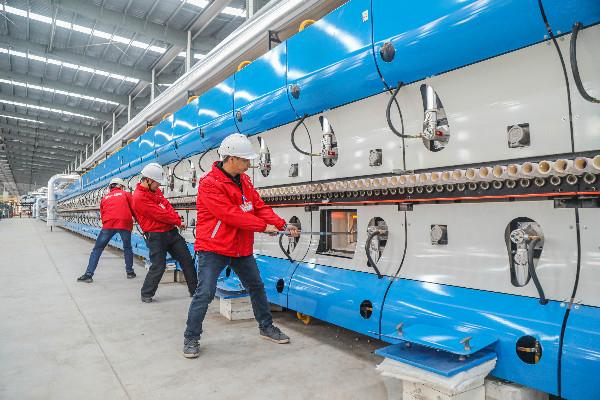建陶行业最先进智能制造生产线在东鹏(永川)基地点火投产