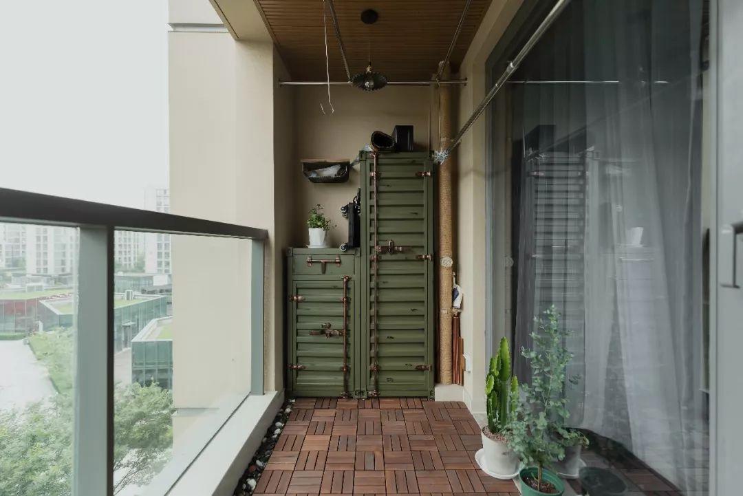 阳台装晾衣杆,用起来不方便现在流行这样装了!