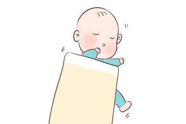 宝宝睡觉踢被子怎么办 如何调理宝宝晚上睡眠