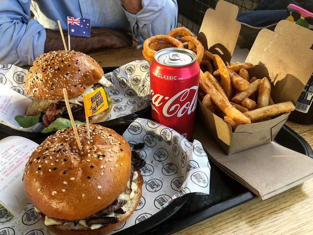 以繁复著称的澳洲汉堡,吃就要吃全套