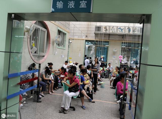 孩子生病就輸液?央視:再迷信輸液中國孩子就廢了,免疫好更關鍵