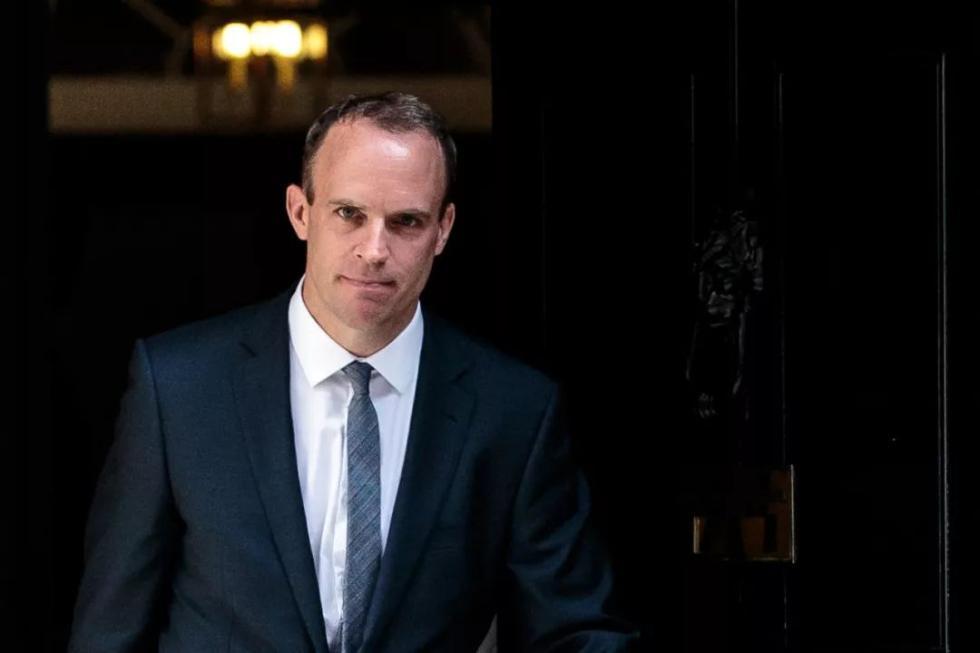 """拿郑文杰攻击中国的英国外交大臣,被""""抛弃""""_中欧新闻_欧洲中文网"""