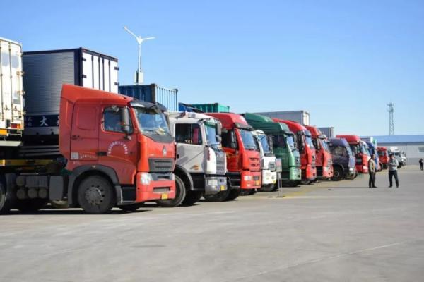 隨意改裝、年檢保過:大貨車非法改裝已形成成熟的利益鏈條