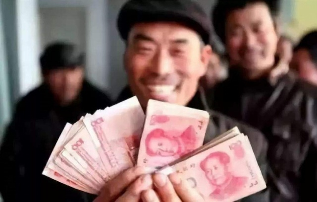 """國常會:企業拖欠農民工工資將入""""黑名單"""" 實施多部門懲戒"""