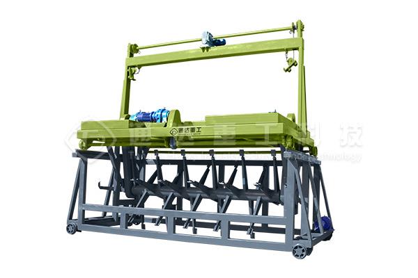 翻堆机在有机肥的生产中到底有哪些重要作用呢?