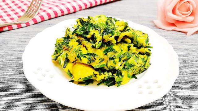 韭菜和这食材天生一对,搭配一起炒,鲜上加鲜,五分钟炒一盘