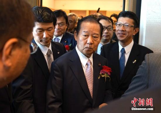 谁会是下一任日本首相?安倍就继任者问题这样说