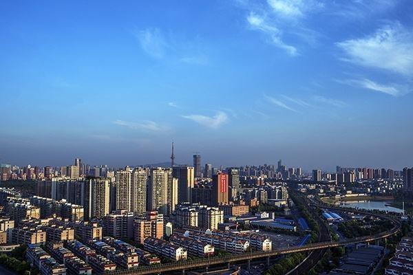 2020年土地市場走勢如何?機構預測降溫趨勢未變_城市