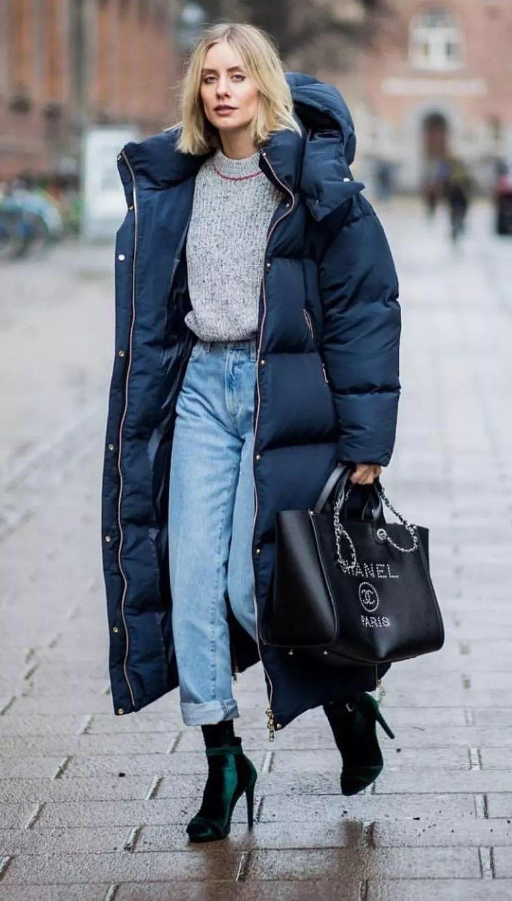 """今年秋冬""""羽绒服+裤子""""=最时髦打开方式!大半个时尚圈都穿上了!"""
