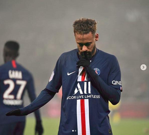 硬!内马尔发图要巴黎球迷闭嘴 苏神:回巴萨吧