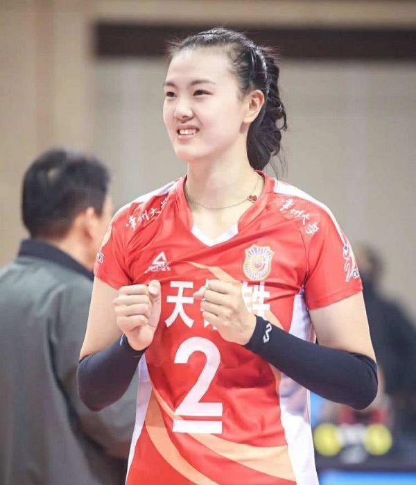 天津女排世俱杯表现不佳:张常宁未参赛,江苏队从中作梗?