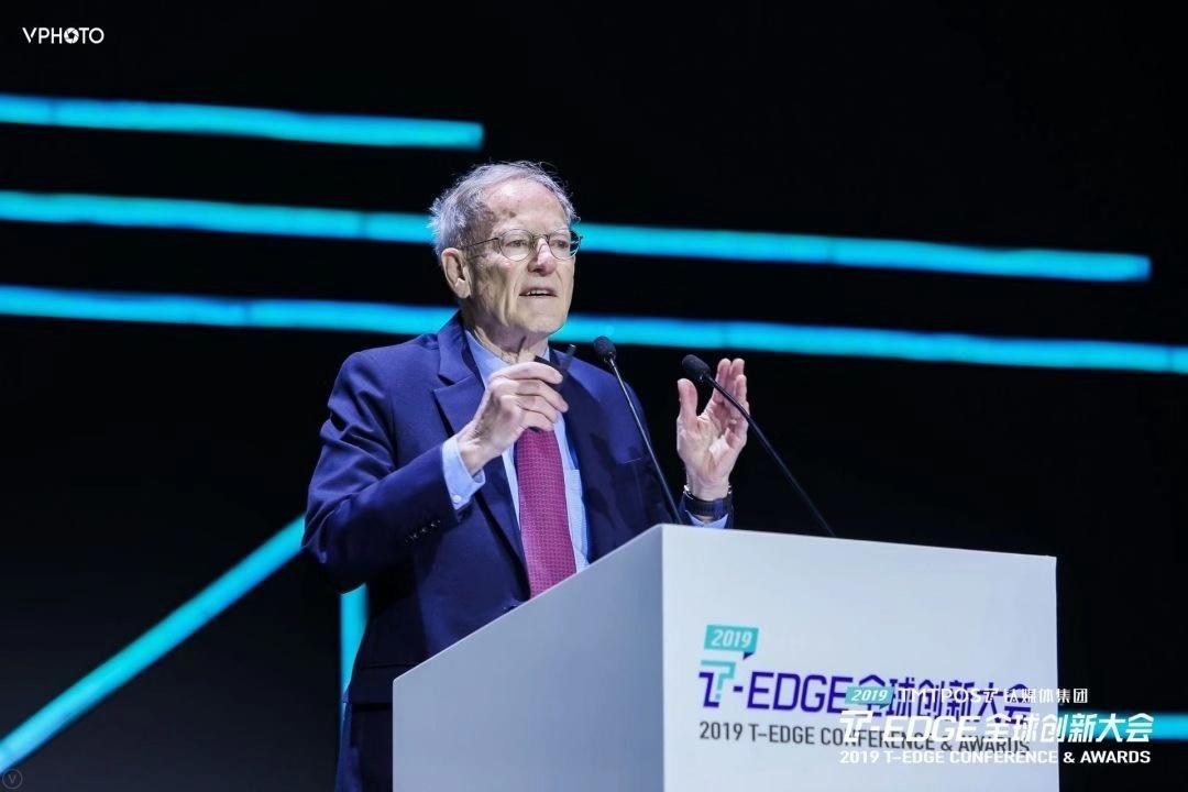 美國著名經濟學家喬治·吉爾德:信息時代經濟改變速度和思想改變速度一樣快_全球