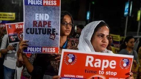 篮球嘉年华印度被强奸女子遭纵火重伤 事发时正
