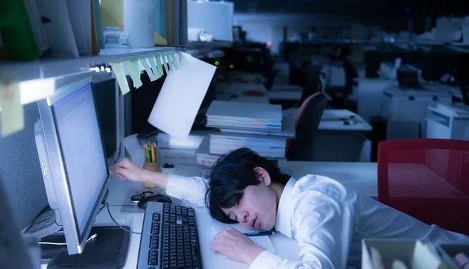 美國和日本等國開始試點每周四天的工作制