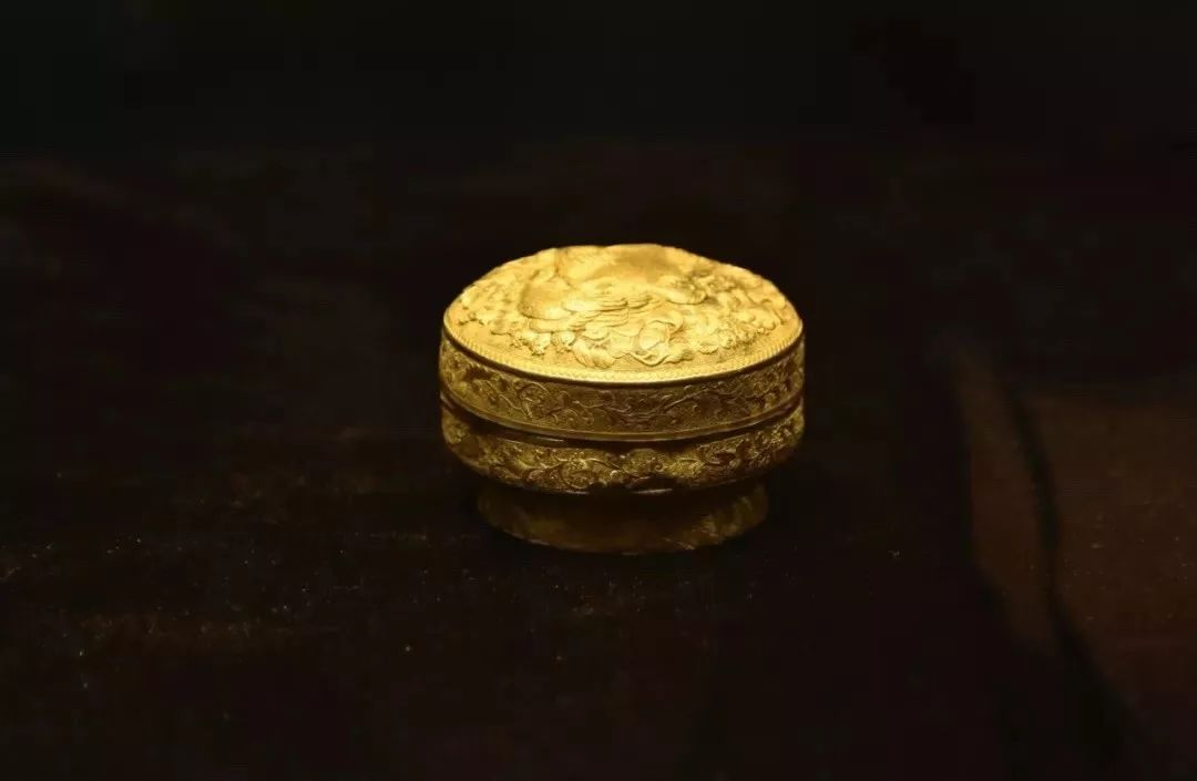 赏金银文物,品中国文化