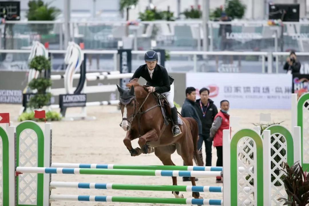 骑手那青:CKUR中联骑士联盟马术俱乐部就有我的目标——袁茂栋!_青马