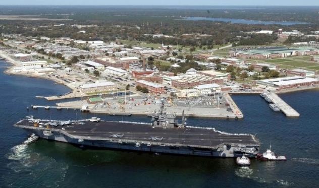 美国海军基地突发枪击案4人死亡 枪手来自沙特