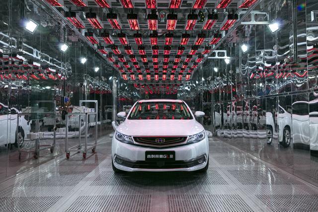 车市进入暖冬?11月吉利汽车总销量超14万环比增10%,6款车型破万