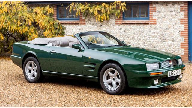 原版是查尔斯王子1994年的阿斯顿马丁Virage Volante,6.3升V8发动机!
