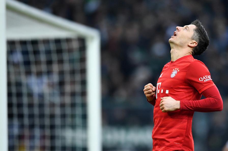 德甲-托利索伤退莱万穆勒哑火 拜仁半场0-0门兴