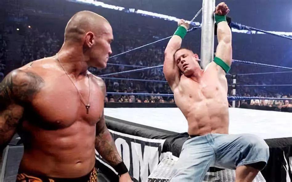 手铐竟让大狗等WWE一众巨星受到了极大侮辱 而他却是手铐杀手,简直霸气