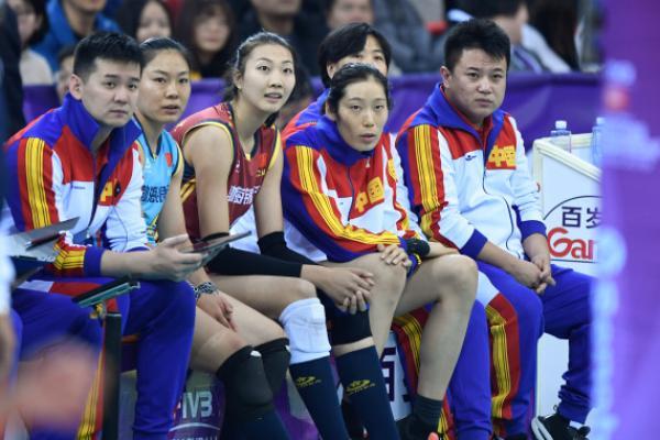 天津女排不敌恒大世俱杯垫底,主帅承认与世界强队有差距_比赛