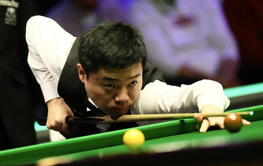 丁俊晖10年后再进英锦赛决赛 物是人非冠军心不变