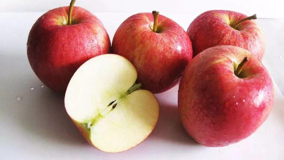 中医健康养生(No.1867)冬季吃什么水果好?适合冬季吃的四种水果!