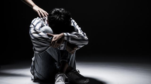 男人也会产后抑郁!这4个原因不容小觑,5个自愈法则可以尝试