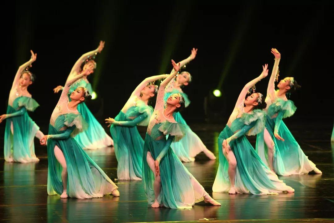 【第一现场】舞出青春,舞出激情 上海学生舞蹈联盟成立三周年