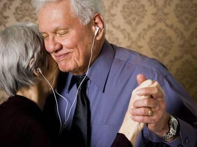 老年人需要爱情吗?有爱情和没有爱情会有多大区别?