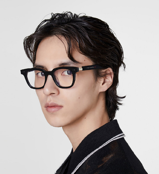 """这家眼镜品牌在SKP-S布了场""""未来人类""""展"""