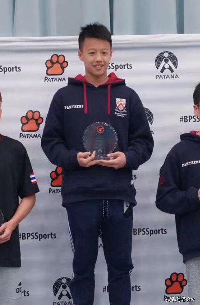 歌后孙悦罕晒儿子,12岁出国拿6个金牌!网友赞:未来的奥运冠军