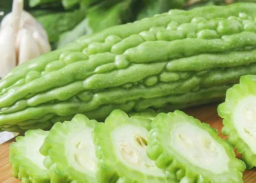 蔬菜能降糖,于是有糖友一天吃五六斤,结果……