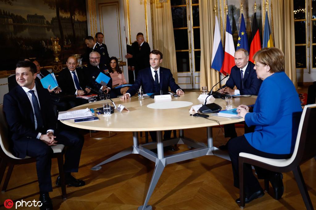 普京澤連斯基巴黎首次會面:同意年內東烏全面停火、換俘
