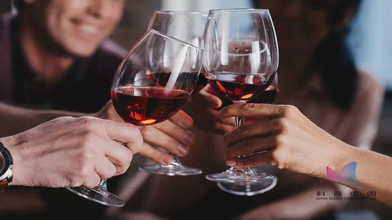每天喝够八杯水?喝红酒软化血管?真相是这样的