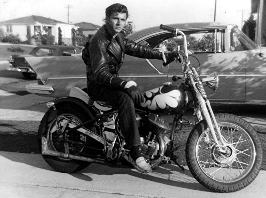 Bobber摩托车