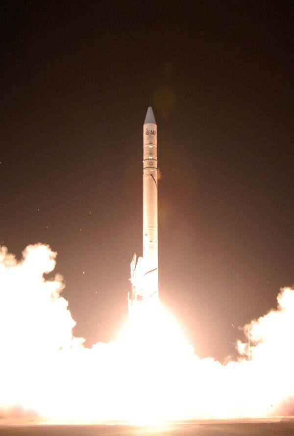 以色列剛發射洲際導彈,立馬揚言抹平伊朗,俄:比美國更可怕!_測試