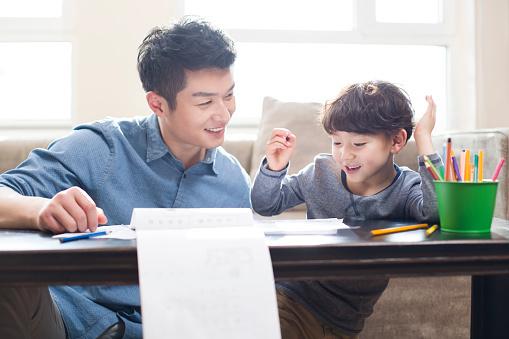 孩子不是天生会阅读,爸妈的神助攻是关键