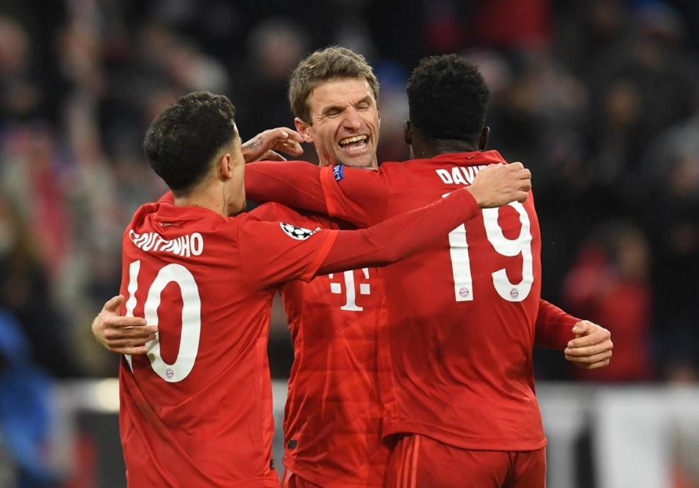 拜仁小组赛通杀昂首晋级 六场狂轰24球刷爆纪录
