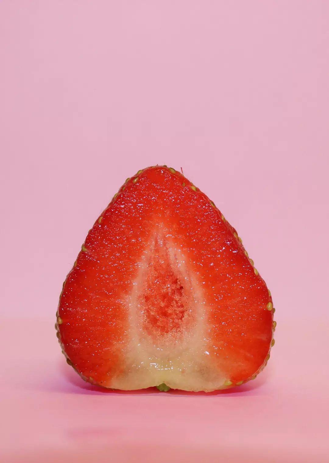 """周末约起!新兴这里""""免费领券摘草莓""""+""""草莓蛋糕DIY"""",就等你来~"""
