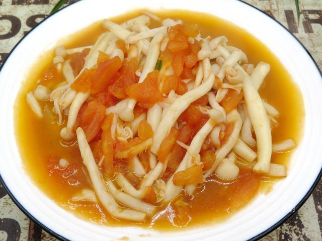 原创            天越冷,越该吃这道菜,每天炒一盘,清香脆嫩,清热去火肠道爽