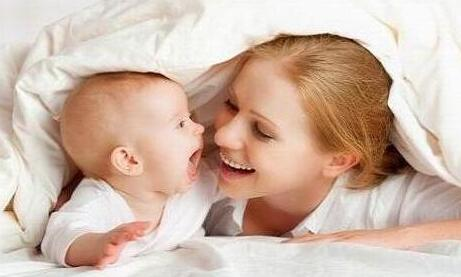 婴儿湿疹和痱子如何区分?宝宝湿疹怎么护理?