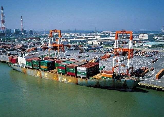 中国船企11月揽获全球近70%新船订单_