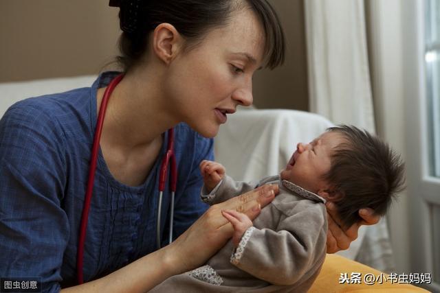新生儿越摸越聪明?儿科医生提醒:这几个部位才可以常摸,别大意