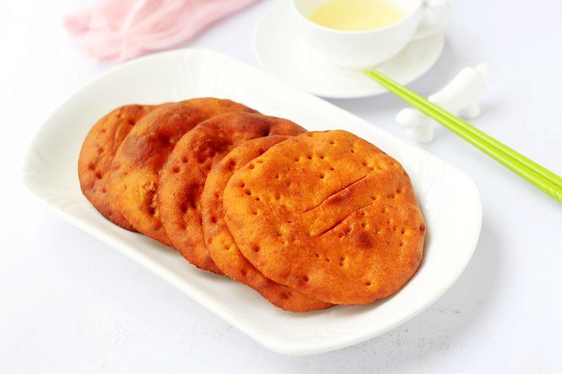 软糯香甜的油饼,放三天都不发硬,做法有窍门